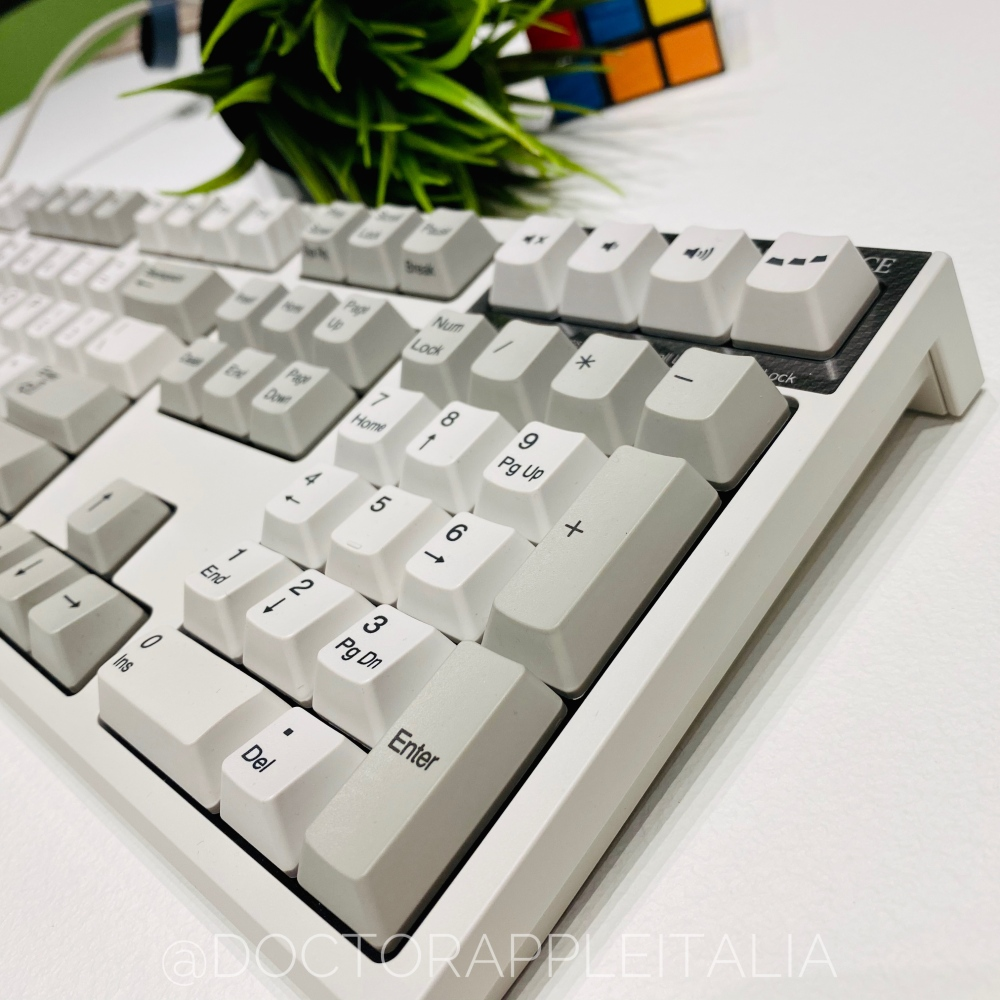 REALFORCE_R2_ceotech_doctorappleitalia_3