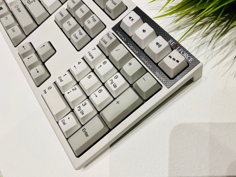 REALFORCE_R2_ceotech_doctorappleitalia_4